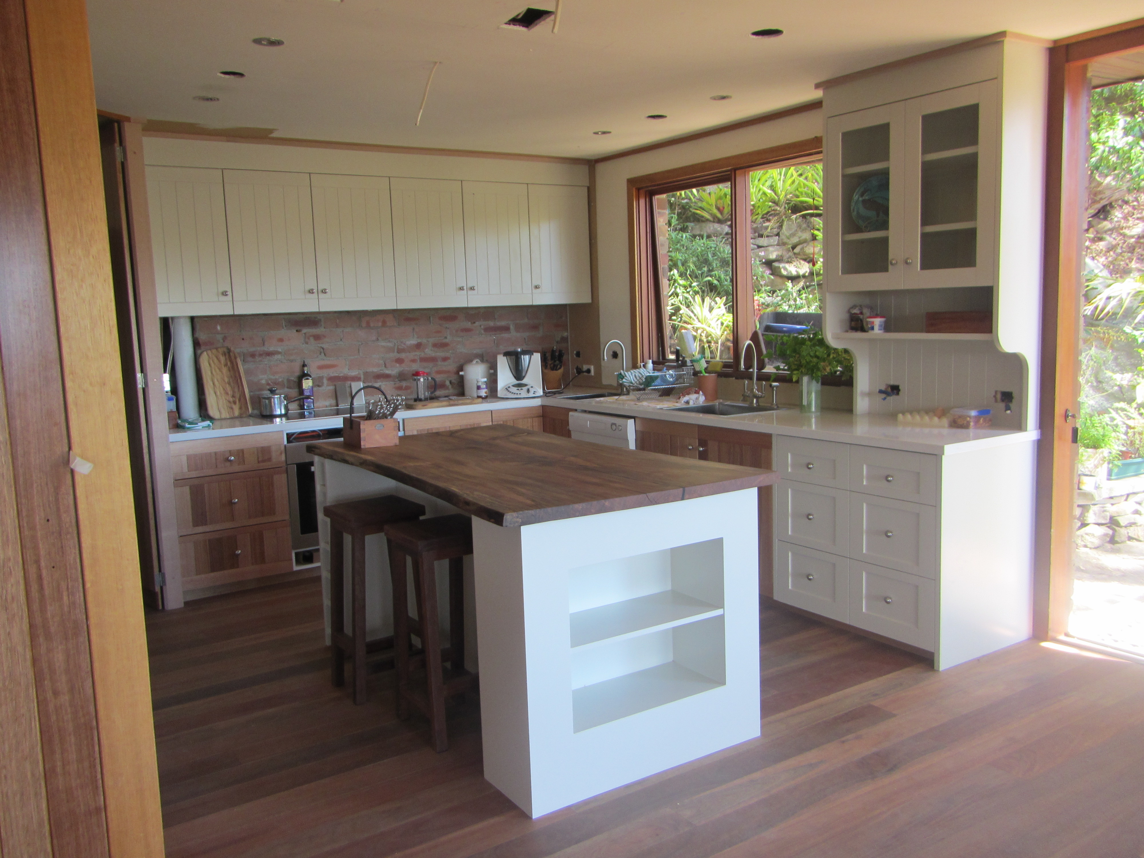 Marvelous photograph of How To Update Outdated Oak Kitchen Cabinets Good Questions Oak Kitchen  with #8A7941 color and 4000x3000 pixels